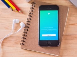 «Щебет» с пользой: 15 Twitter-аккаунтов, на которые стоит подписаться HR-ам